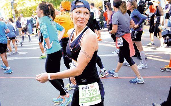 Dobroczynny maraton Pameli Anderson i Prezydenta Busha